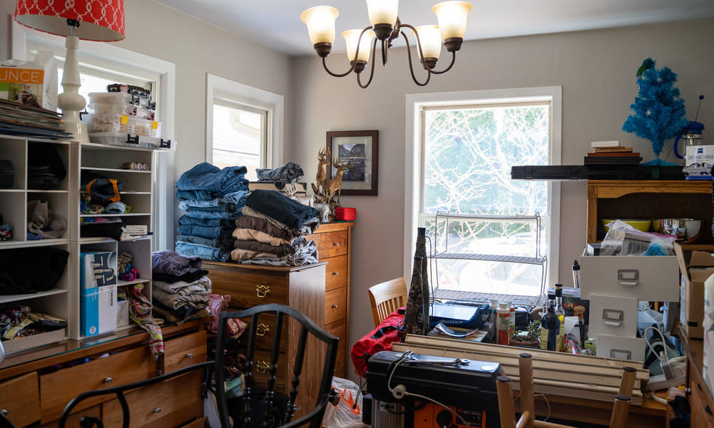 How To Sell Your House As A Hoarder and What To Do
